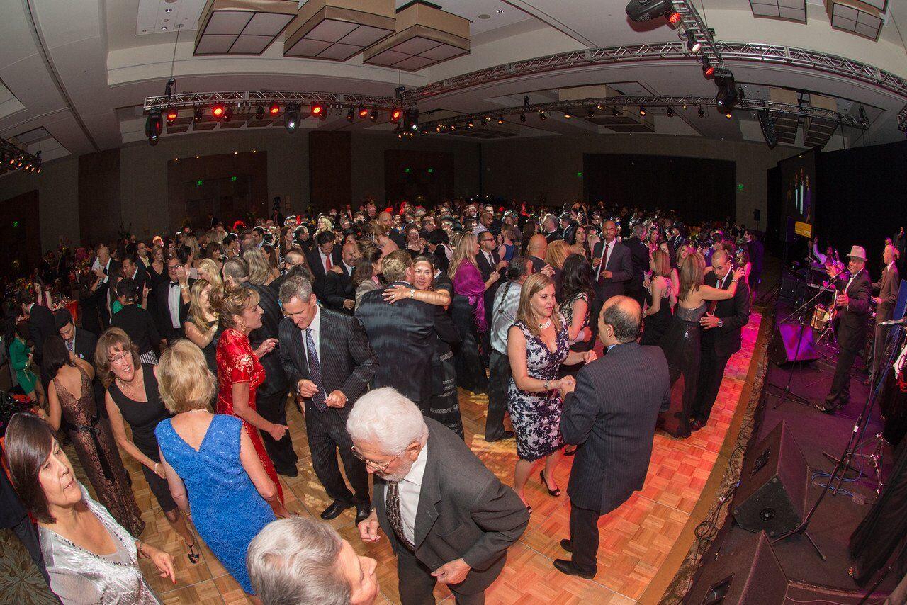 Milagros Packed Dance Floor
